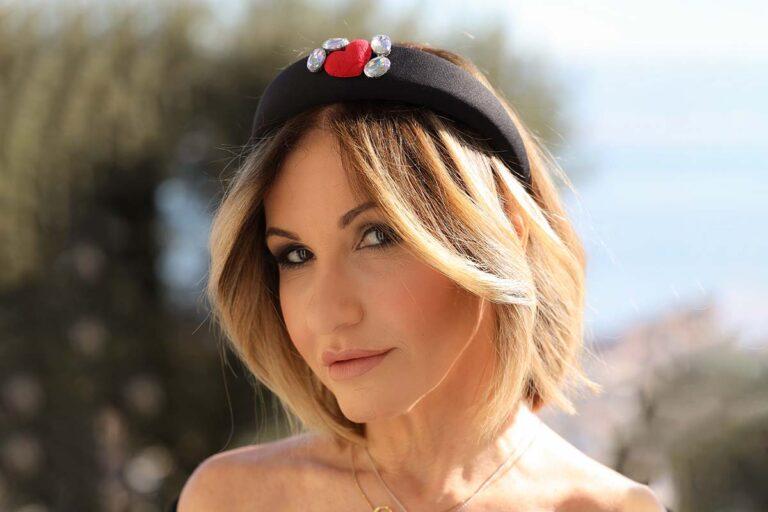 Dea Caiazzo e il cerchietto di Valentina Cervo a lei inspirata: cerchietto Dea's Love